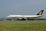 Gambardierさんが、名古屋飛行場で撮影したシンガポール航空 747-312Mの航空フォト(写真)