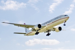 とのさんが、成田国際空港で撮影したエティハド航空 777-3FX/ERの航空フォト(写真)