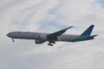 kuro2059さんが、羽田空港で撮影したガルーダ・インドネシア航空 777-3U3/ERの航空フォト(写真)