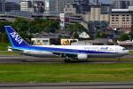 こだしさんが、伊丹空港で撮影した全日空 767-381/ERの航空フォト(写真)