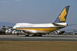Gambardierさんが、伊丹空港で撮影したシンガポール航空 747-312の航空フォト(写真)