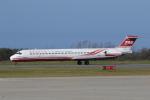 ゴンタさんが、新潟空港で撮影した遠東航空 MD-83 (DC-9-83)の航空フォト(写真)