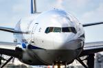アングリー J バードさんが、福岡空港で撮影した全日空 777-281/ERの航空フォト(写真)