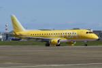 Dickiesさんが、名古屋飛行場で撮影したフジドリームエアラインズ ERJ-170-200 (ERJ-175STD)の航空フォト(写真)