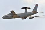 鈴鹿@風さんが、嘉手納飛行場で撮影したアメリカ空軍 E-3B Sentry (707-300)の航空フォト(写真)