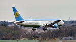 FlyingMonkeyさんが、成田国際空港で撮影したウズベキスタン航空 767-33P/ERの航空フォト(写真)