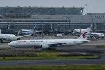 Mochi7D2さんが、羽田空港で撮影した中国東方航空 777-39P/ERの航空フォト(写真)
