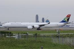 しゃこ隊さんが、成田国際空港で撮影した南アフリカ航空 A340-642の航空フォト(写真)