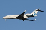 camelliaさんが、成田国際空港で撮影したウィルミントン・トラスト・カンパニー BD-700 Global Express/5000/6000の航空フォト(写真)
