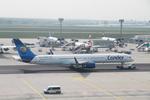 matsuさんが、フランクフルト国際空港で撮影したコンドル 757-330の航空フォト(飛行機 写真・画像)