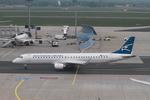 matsuさんが、フランクフルト国際空港で撮影したモンテネグロ航空 ERJ-190-200 LR (ERJ-195LR)の航空フォト(写真)