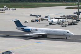 matsuさんが、フランクフルト国際空港で撮影したモンテネグロ航空 100の航空フォト(写真)