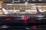 Cozy Gotoさんが、羽田空港で撮影した日本航空 A350-941XWBの航空フォト(写真)