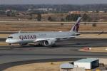 NIKEさんが、O・R・タンボ国際空港で撮影したカタール航空 A350-941XWBの航空フォト(写真)
