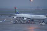 SFJ_capさんが、中部国際空港で撮影した南アフリカ航空 A340-642の航空フォト(写真)