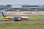 ゆなりあさんが、羽田空港で撮影した全日空 777-281/ERの航空フォト(写真)
