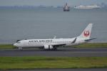 ぬま_FJHさんが、羽田空港で撮影した日本航空 737-846の航空フォト(写真)