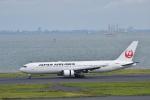 ぬま_FJHさんが、羽田空港で撮影した日本航空 777-246の航空フォト(写真)