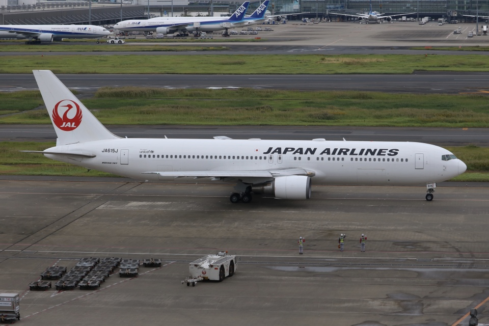 SIさんの日本航空 Boeing 767-300 (JA615J) 航空フォト