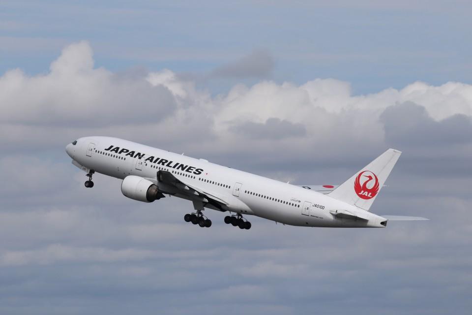 KAZFLYERさんの日本航空 Boeing 777-200 (JA010D) 航空フォト
