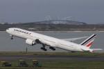 KAZFLYERさんが、羽田空港で撮影したエールフランス航空 777-328/ERの航空フォト(写真)