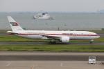 ぽんさんが、羽田空港で撮影したアミリ フライト 777-2AN/ERの航空フォト(写真)