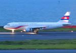 じーく。さんが、羽田空港で撮影したカンボジア王国政府 A320-214の航空フォト(飛行機 写真・画像)