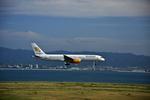 T.Sazenさんが、関西国際空港で撮影したアイスランド航空 757-208の航空フォト(飛行機 写真・画像)