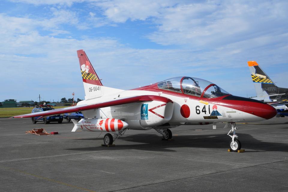 sukiさんの航空自衛隊 Kawasaki T-4 (06-5641) 航空フォト