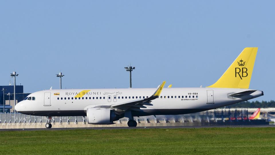 パンダさんのロイヤルブルネイ航空 Airbus A320neo (V8-RBA) 航空フォト