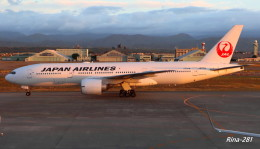 RINA-281さんが、小松空港で撮影した日本航空 777-246/ERの航空フォト(写真)