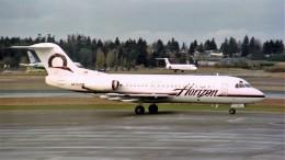 ハミングバードさんが、シアトル タコマ国際空港で撮影したホライゾン航空 F28-4000 Fellowshipの航空フォト(飛行機 写真・画像)