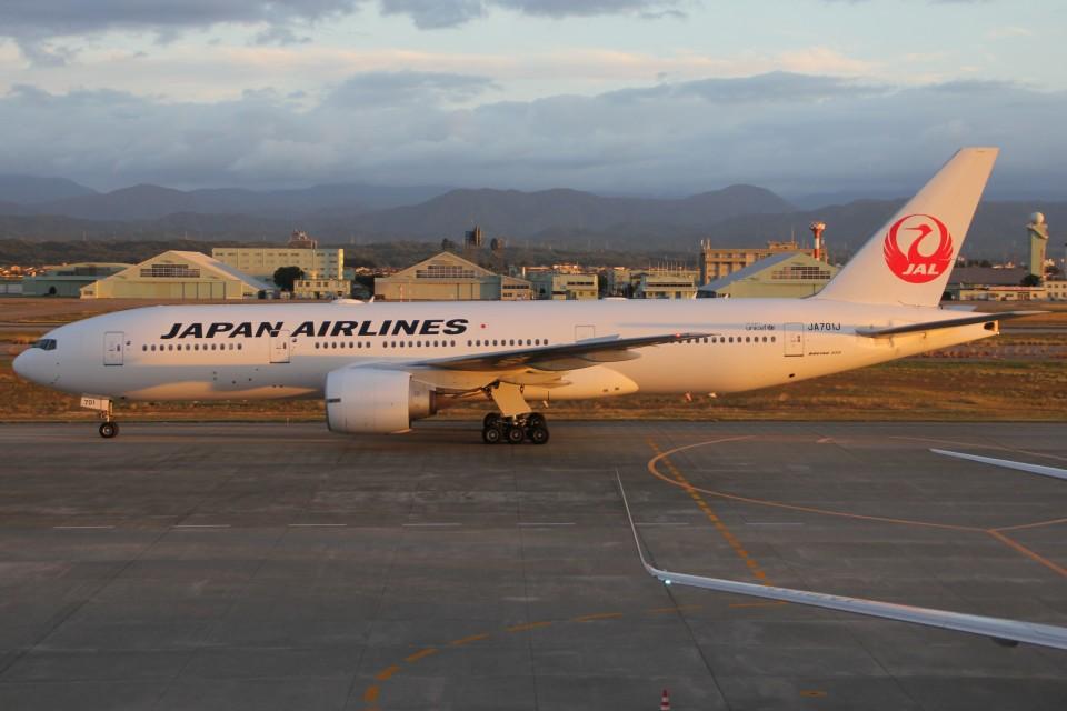 もにーさんの日本航空 Boeing 777-200 (JA701J) 航空フォト