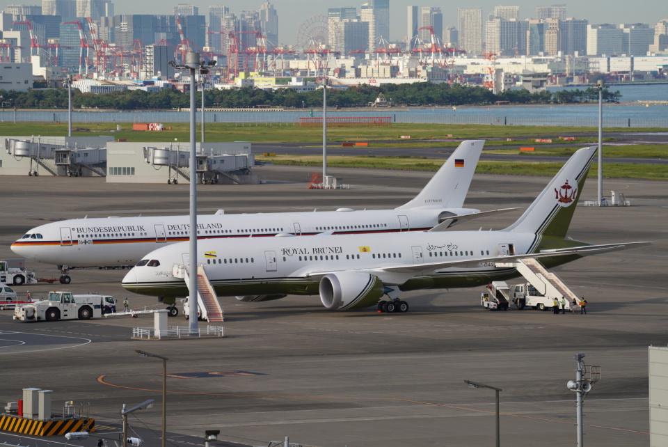 SFJ_capさんのブルネイ政府 Boeing 787-8 Dreamliner (V8-OAS) 航空フォト