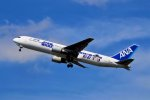 キットカットさんが、福岡空港で撮影した全日空 767-381/ERの航空フォト(写真)