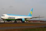 セブンさんが、新千歳空港で撮影したウズベキスタン航空 767-33P/ERの航空フォト(飛行機 写真・画像)