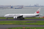 yabyanさんが、羽田空港で撮影した日本航空 777-246の航空フォト(写真)
