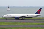 yabyanさんが、羽田空港で撮影したデルタ航空 777-232/ERの航空フォト(飛行機 写真・画像)