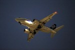 T.Sazenさんが、伊丹空港で撮影したANAウイングス 737-54Kの航空フォト(飛行機 写真・画像)