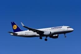 航空フォト:D-AIUG ルフトハンザドイツ航空 A320