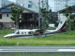YaoRJOYさんが、八尾空港で撮影したアジア航測 695 Jetprop 980の航空フォト(飛行機 写真・画像)