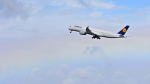 オキシドールさんが、羽田空港で撮影したルフトハンザドイツ航空 A350-941XWBの航空フォト(飛行機 写真・画像)
