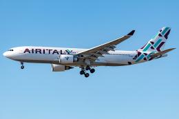 Tomo-Papaさんが、ロサンゼルス国際空港で撮影したエア・イタリー A330-202の航空フォト(飛行機 写真・画像)