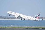 Re4/4さんが、羽田空港で撮影したエールフランス航空 777-328/ERの航空フォト(写真)
