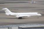 OMAさんが、羽田空港で撮影したグローバル・ジェット・ルクセンブルク BD-700 Global Express/5000/6000の航空フォト(写真)