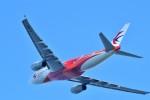 T.Sazenさんが、関西国際空港で撮影した中国東方航空 A330-243の航空フォト(飛行機 写真・画像)