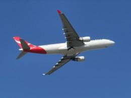 ヒロリンさんが、パース空港で撮影したカンタス航空 A330-202の航空フォト(飛行機 写真・画像)