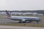 KAZFLYERさんが、成田国際空港で撮影したアメリカン航空 777-223/ERの航空フォト(飛行機 写真・画像)