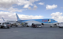 planetさんが、マラケシュ・メナラ空港で撮影したトゥイ・エアラインズ・ベルギー 737-86Nの航空フォト(飛行機 写真・画像)