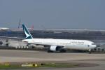 T.Sazenさんが、関西国際空港で撮影したキャセイパシフィック航空 777-31Hの航空フォト(飛行機 写真・画像)